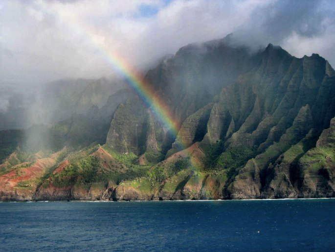 na-pali-coast-rainbow-in-kauai