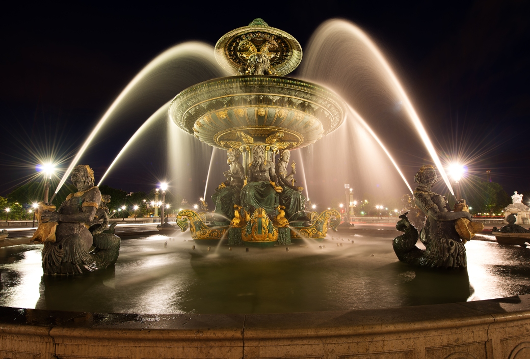 the-many-beautiful-romantic-scenes-of-paris-at-night-time-23